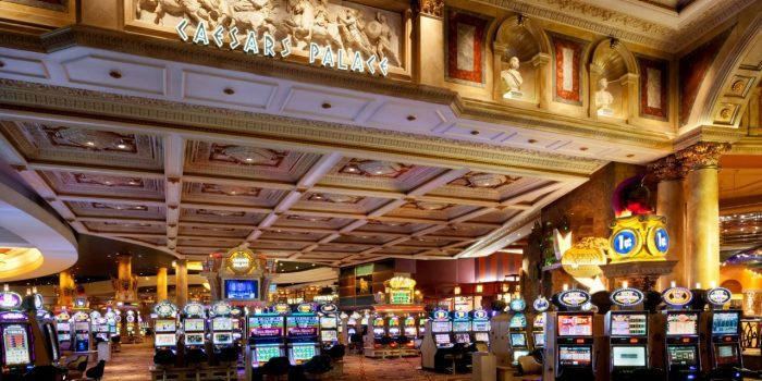 Caesars Palace : un joueur empoche le jackpot progressif de 670 637 $