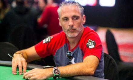 Vainqueur du Main Event des WSOP 2020, Damian Salas se dirige vers Las Vegas