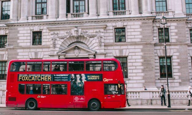Londres: Sadiq Khan réclame l'interdiction des publicités de TfL pour les casinos