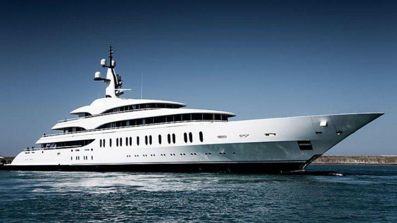Le fondateur de Crown Resorts, James Packer, vend son yacht pour 283 millions $